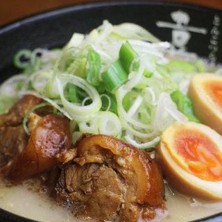 人気No.1!半熟タマゴらぁ麺