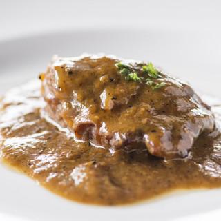 素材の旨みが生きた、親しみやすいスペイン伝統の味