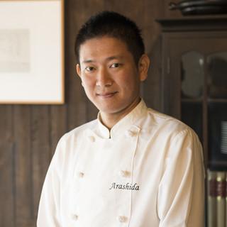 嵐田憲和氏(アラシダノリカズ)─本格スペイン料理を鎌倉で表現