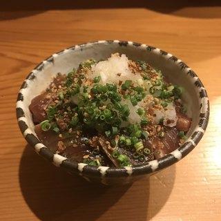 一穂 - 鰹の漬け御飯。 税抜850円。 美味し。
