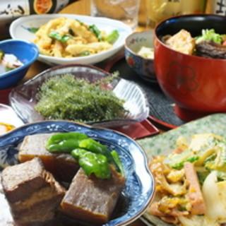 沖縄家庭料理♪1品メニュー種類豊富♪