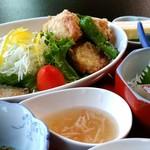 実乃花 - 本日の御膳のメインは、蟹のふわふわ揚げ
