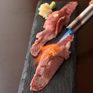 A5ランクの山形牛が楽しめる新感覚肉バル!自慢の赤身肉あり