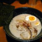 ラーメンひふみ - 【ひふみラーメン + 煮玉子】¥700 + ¥100