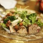 ビストロ シェブン - マグロ頰肉の炙りカルパッチョ