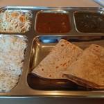 カフェと印度家庭料理 レカ - 料理写真:・セット大 800円