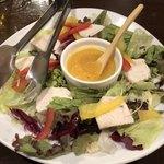 鶏匠吟八 - 蒸し鶏サラダ
