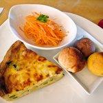 Flat Cafe - キッシュランチ