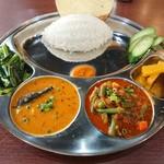 印度グリル&スポーツバー レカ - 料理写真:・ダルバート 1500円