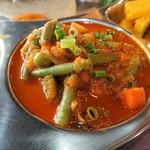 89526603 - ・タルカリ的な野菜カレー