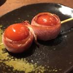 三代目 鳥メロ - プチトマト串(199円ってビールと同じ値段…( ゚д゚))