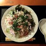 白いピアノ - サラダ丼