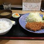 89533235 - ロースカツ定食