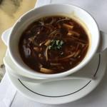 89534598 - 海參鮑魚酸辣羹 (每位) 干しナマコと細切り鮑入り四川風酸辣スープ