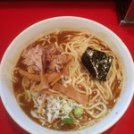 勢得 - 料理写真:ラーメン大盛900円+麺マシ(サービス)