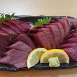 銀蔵 - 料理写真:新鮮生かつお造り(税込み980円)