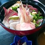 すずき家 - 地魚海鮮丼1800円