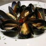 PIZZERIA Napoli  - 宮島直送ムール貝のオリーブオイルと白ワイン蒸し