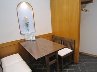 神田志乃多寿司 - テーブル席