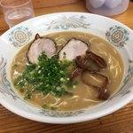 ラーメン楽 - ラーメン 620円
