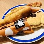 ベーカリー&カフェ ブルージン - パンセットで頼んだパン