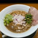 煮干し豚骨らーめん専門店 六郷 - 料理写真:濃厚煮干し豚骨らーめん  780円