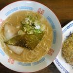 """食""""留麺 - とんこつラーメン"""