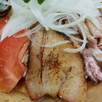 中華そば こてつ - 料理写真:炙りチャーシュー香ばしい