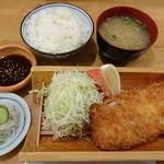 とんかつ武蔵 - 黒豚ヒレカツ定食