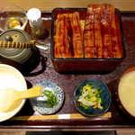 高級ブランド干物 『銀座伴助』 - うな重 ~ひつまぶし風~(¥3780)。ここなら並ばずに、土用の丑を楽しめました!
