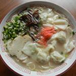 龍園 - ワンタン麺¥600
