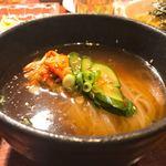 やきにく萬野 北畠 - 冷麺  (ハーフ)
