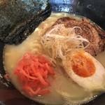 バー トライアングル - 鶏白湯らーめん(¥900円)