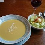 ステーキハウス K - コーンスープ、もう少し熱々が好き!(^o^;)