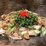 TEPPAN 健心 - 料理写真:焼きそば健心DX1
