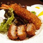 カフェダイニング ガゼボ - gazeboのカツライス 温泉卵と自家製ソースでおいしいよ!!