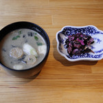 てんぷら阿部 - 味噌汁、柴漬け