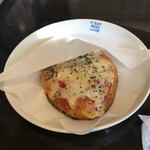 cafe ふたりのねこ - MARGHERITA(マルゲリータ)。 税抜370円。 美味し。