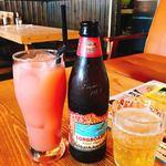 N.Y table - グワァバ&コロナビールロングボード