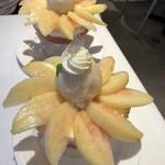 ザ・東京フルーツ パーラー - 桃パフェ