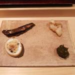 千成寿司 - 右下の鮑味噌が絶品