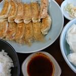 宇都宮みんみん - 焼き餃子×2+水餃子、ライスセット¥790