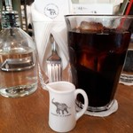 ナス・ショウゾウ カフェ - アイスコーヒー(580円)