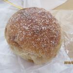 天然酵母パン 味取 - レモンのパン?