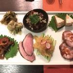 XYLONG - 前菜7種盛り 1800円(税込)