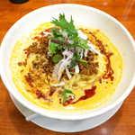 SHIBIRE NOODLE 蝋燭屋 - 冷やし担々麺(¥1180)。甘辛く味付けた挽肉、玉ねぎ、フライドガーリック、自家製ラー油が入り、辛さと旨さの詰まった一杯