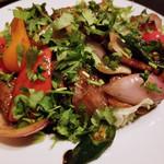 シュラスコ&洋風鍋の肉バル 牛鶏豚 -