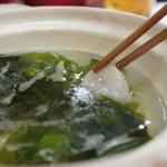 江戸前 松栄寿司 - 若布と一緒にしゃぶしゃぶしてポン酢でいただきまーす♪