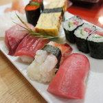 江戸前 松栄寿司 - 竹握り☆握り7貫、鉄火巻き3つ。