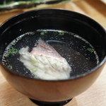 江戸前 松栄寿司 - 鯛のお吸い物♪とても香りのよいお出汁にほっこり。